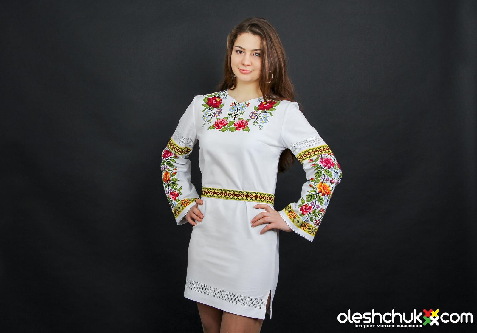 c44b363a6749fb Сучасні жіночі вишиті плаття та сукні | Я - суперова! superova.com