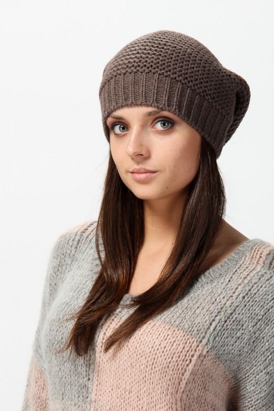 суперова жіноча шапка